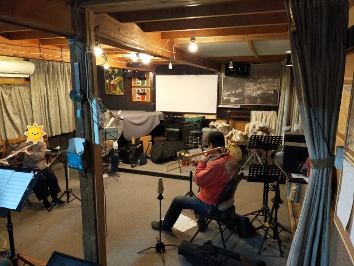 蔵を改造したヤマススタジオ